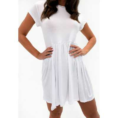 Robe à smocks blanche