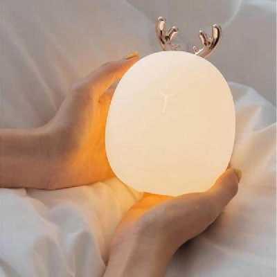 Lampe veilleuse design cerf