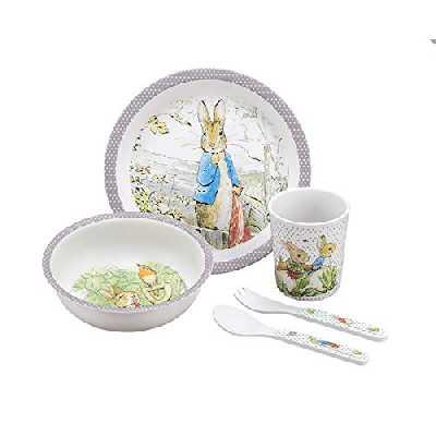 PETIT JOUR PARIS - Coffret Cadeau 5 Pièces Pierre Lapin Taupe - Set de Vaisselle Complet Pour Repas Bébé - 1 Assiette (Ø 18 cm) + 1 Timbale (160 ml) + 1 Bol (250 ml) + 1 Cuillère + 1 Fourchette