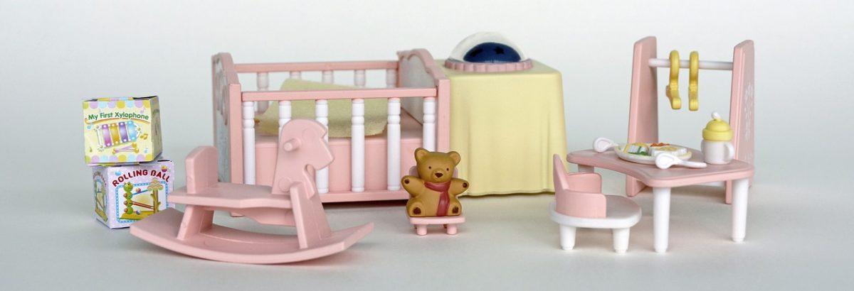 accessoires maison de poupée