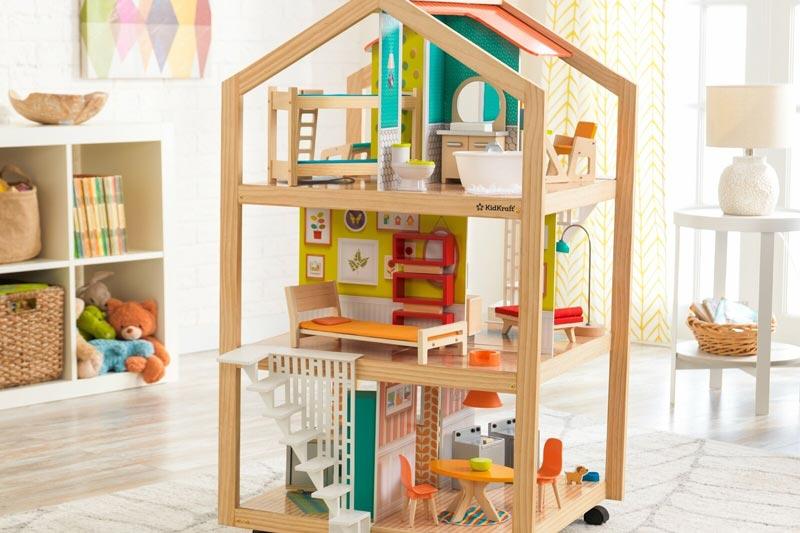 maison de poupee en bois